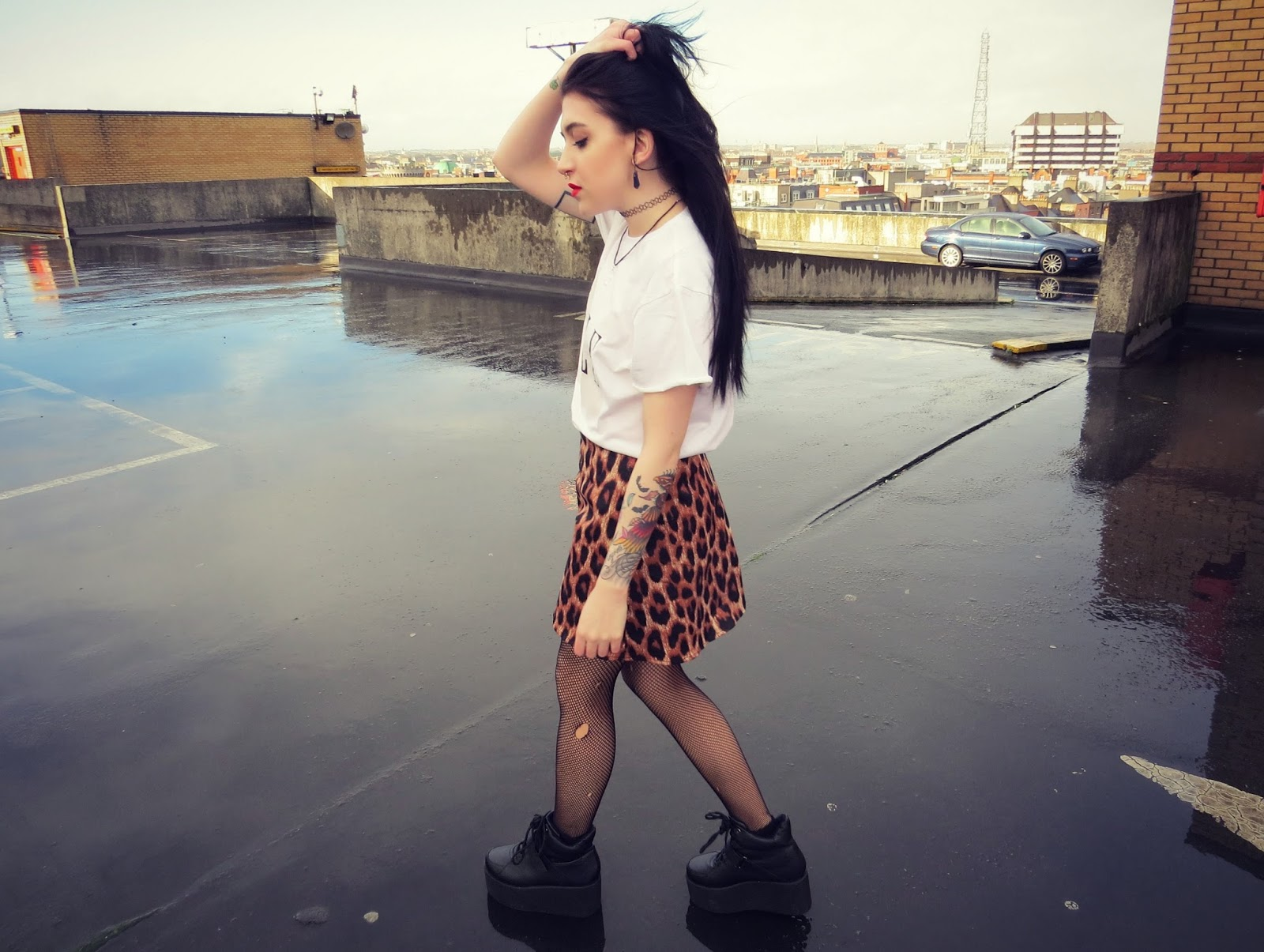 Leanne Woodfull Fashion Blogger