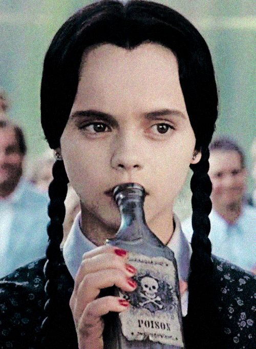 Christina Ricci-Wednesday Addams - The Addams Family 1991